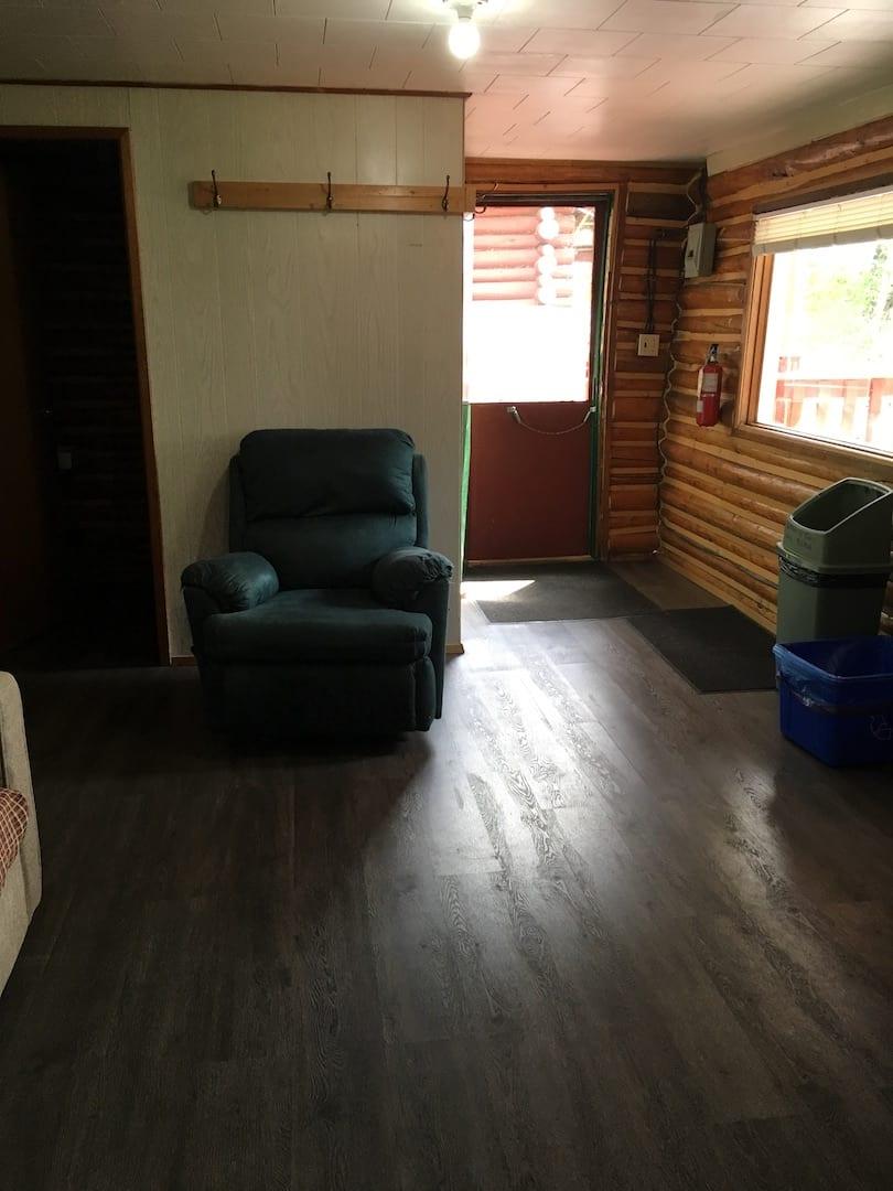 Cabin 10 - 7