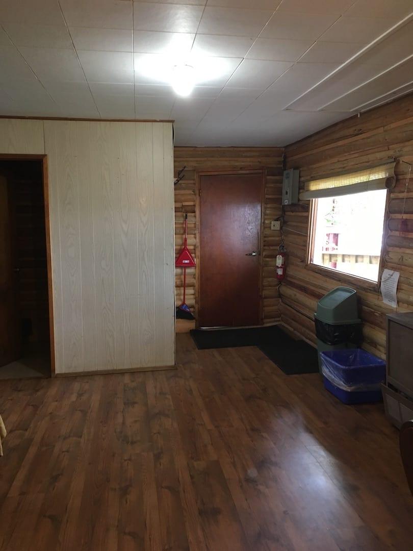 Cabin 11 - 9