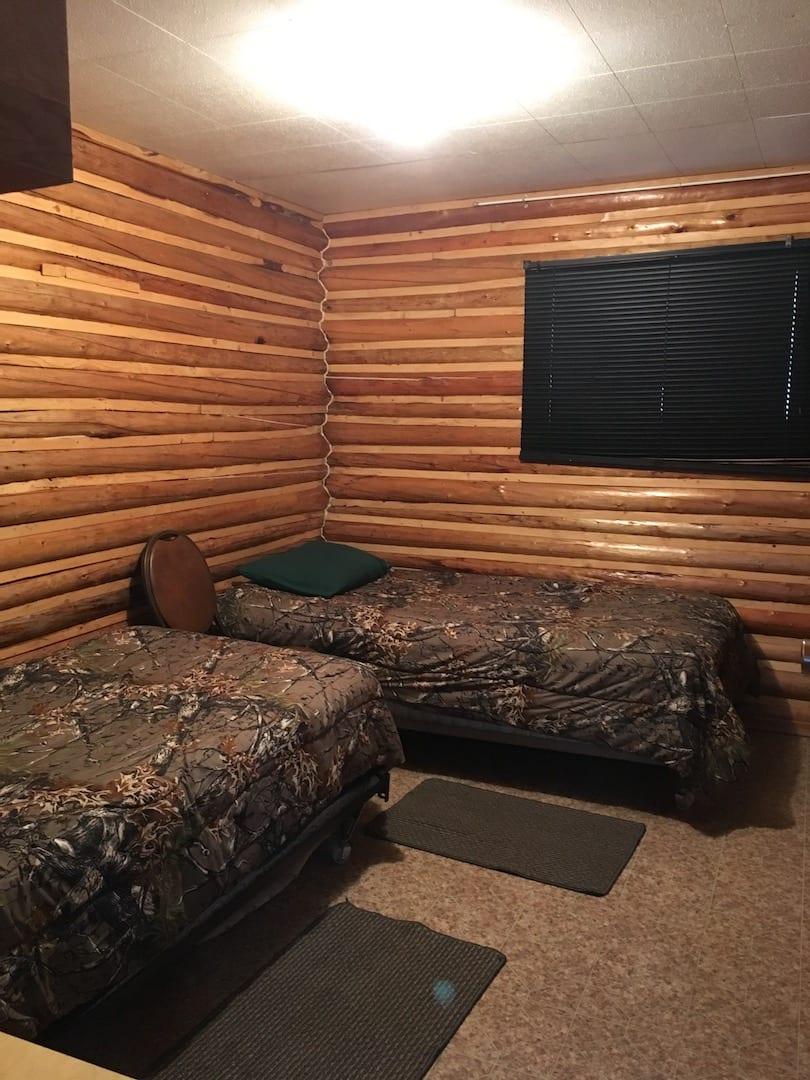 Cabin 8 - 12
