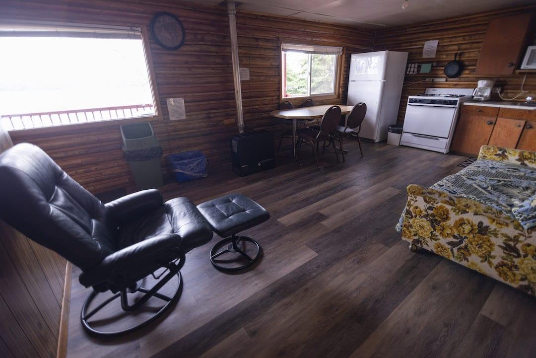 Cabin 9 - 6